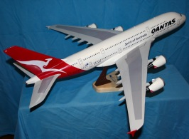 Airbus A380 - 1:100 Scale